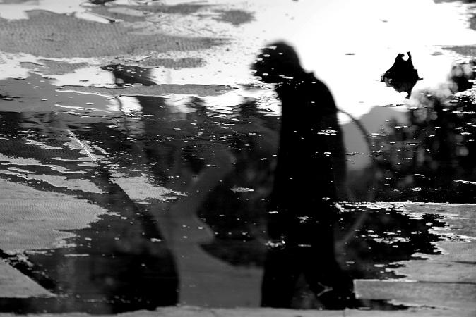 Il ronzio del silenzio Foto digitale B/N - cm 40x30 - € 360