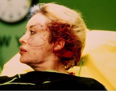 Orlan, Onnipresence,1993, performance, New York, Sandra Gering Gallery.